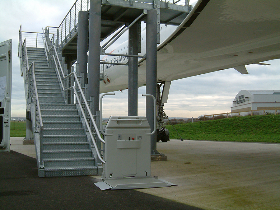 Click to view Curved Platform Lifts